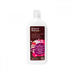 Douce Nature shampoo & vartalopesu lapsille, Red Berries